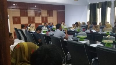 Suasana rapat panitia khusus (Pansus) membahas Laporan Keuangan Pemerintah Daerah (LKPD) dan Laporan Keterangan Pertanggung Jawaban (LKPJ) Kepala Daerah