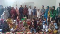 Mahasiswa dari Sekolah Tinggi Agama Islam (STAI) YPIQ Baubau dan anak-anak panti asuhan