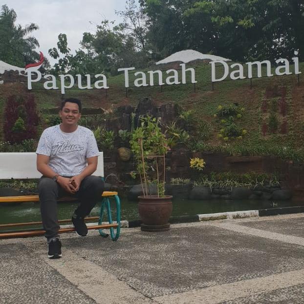 Muhammad Resky, S.IP / Bidang Sosial Politik dan Pemerintahan Dewan Pimpinan Pusat Forum Komunikasi dan Kerjasama Mahasiswa Pemerintahan Se-Indonesia (DPP-FOKKERMAPI)