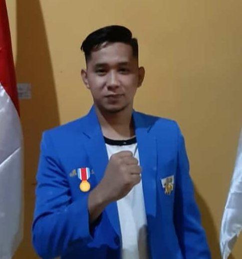 Muhlis, Pengurus KNPI Bombana, Koordinator Penggalangan Dana untuk Anan