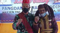 Pangdam XIV/Hasanuddin Mayjen TNI Andi Sumangerukka bersama Raja Moronene ke XXXIV Apua Mokole Alfian Pimpie.