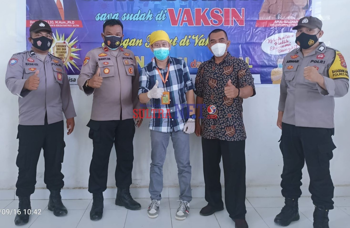 Kapolsek Lantari Jaya IPDA Setyabudi Satrianto SH (Kedua dari Kiri)